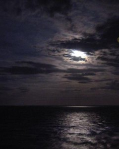 night-time-photo-moon-over-water-21311980